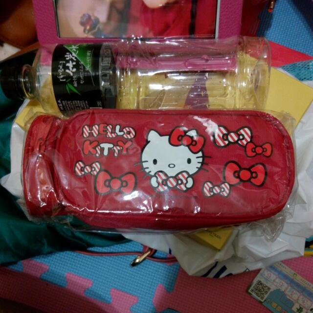 Hello Kitty 凱蒂貓 筆袋 鉛筆盒 化妝包 收納袋