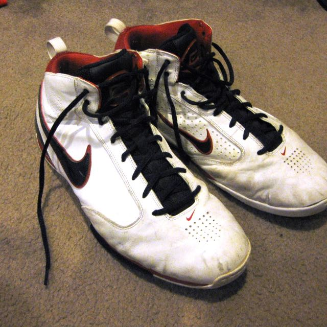 Nike Zoom BB Basketball Shoes