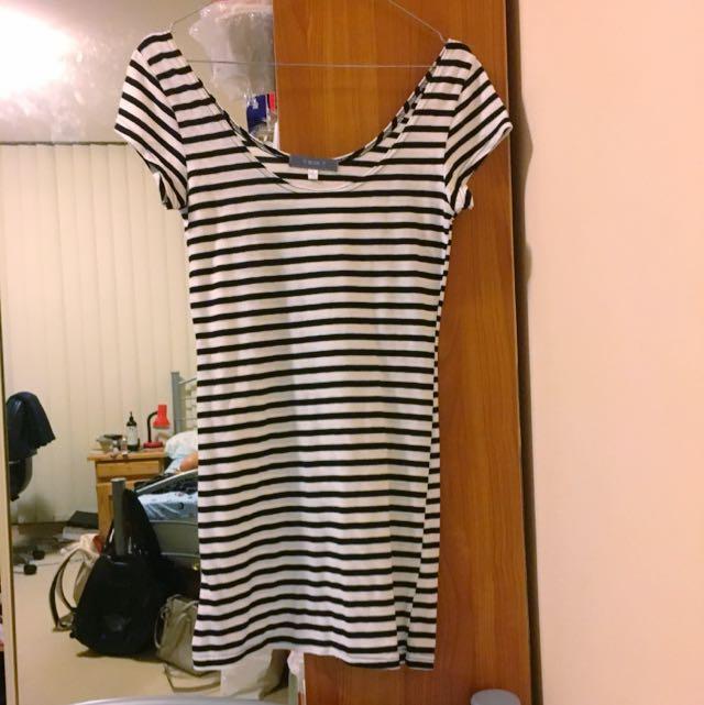 TEMT Black White Striped Mini Dress