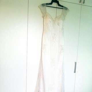 Reduced!! BN Hand-Sewn Lace Wedding Dress