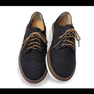 麂皮雕花牛津鞋 Size:27.5  富發牌