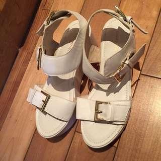 Air Space白色全新厚底涼鞋37號