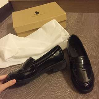 (保留)亮皮小皮鞋