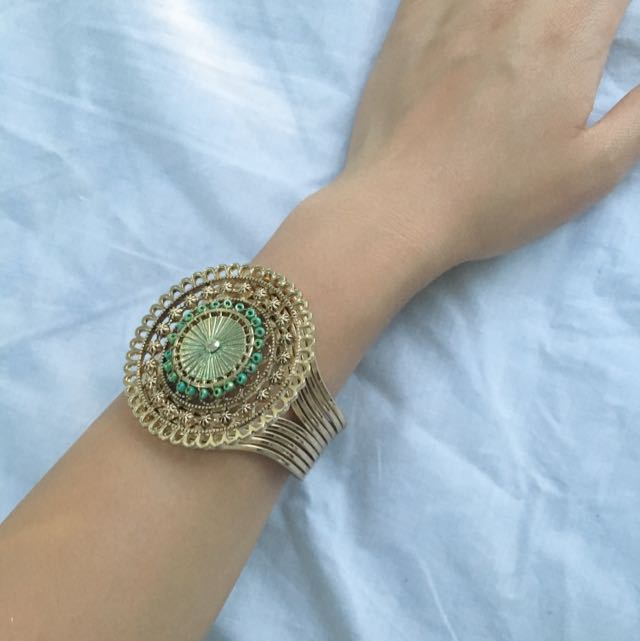Beaded Gold Cuff (adjustable)
