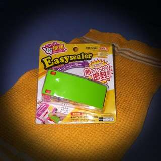 Easy Sealer for resealing Snack bags