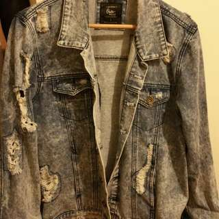 Ripped Demin Jacket  ( Cotton On)