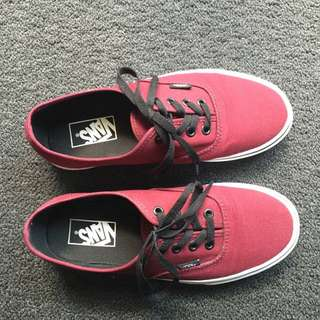 Vans Maroon NEGOTIABLE