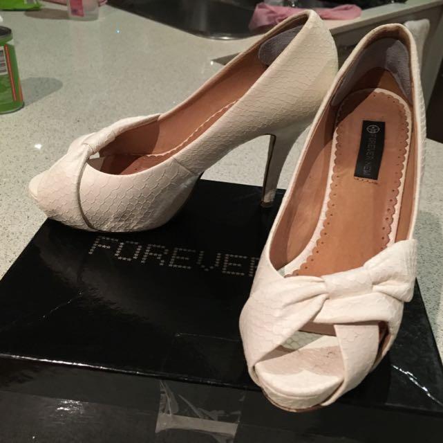 Forever New Stilettos 8/39