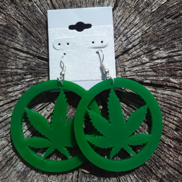 Marijuana Leaf Earring
