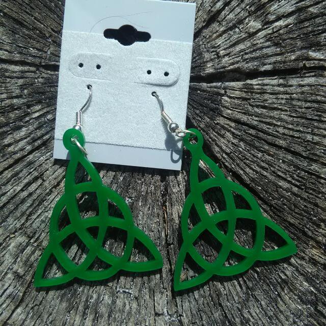 Triquera Earrings