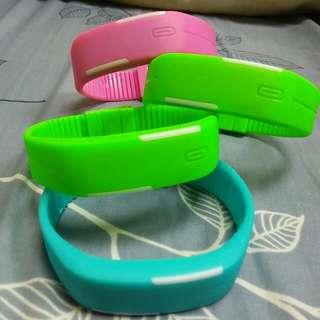 潮流時尚觸控LED電子錶運動手環 剩綠色1條