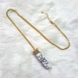 BN Instock Marble Earring & Pendant Necklace