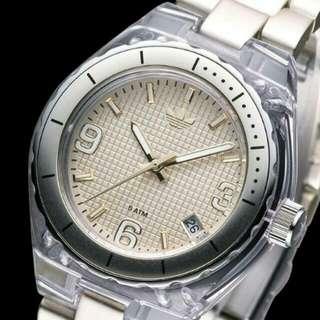 6折出售 💕adidas完美輕質指針腕錶