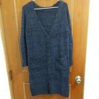 深藍色長版外套