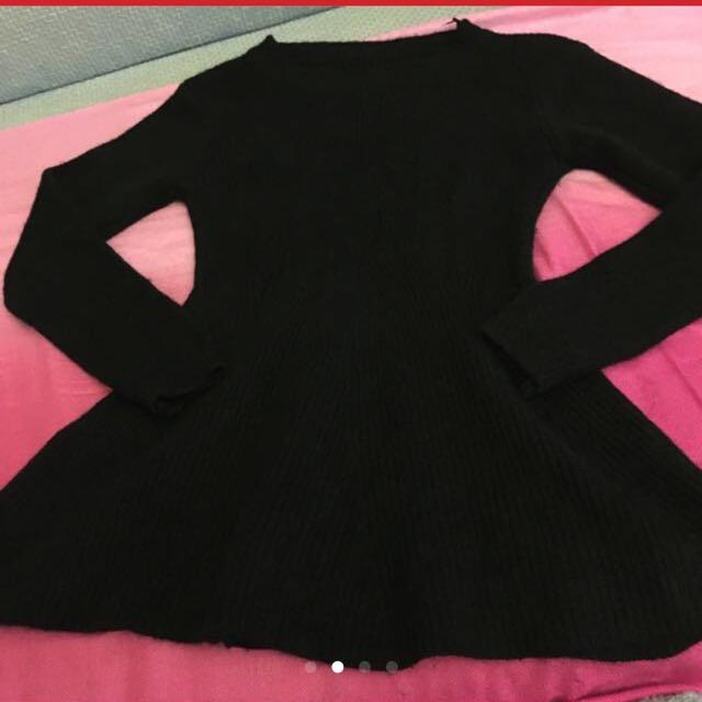 全新黑色毛衣