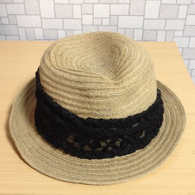 黑色蕾絲邊草帽