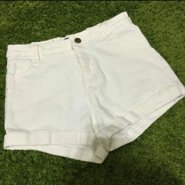 全新 白色 高腰 褲口反折 短褲