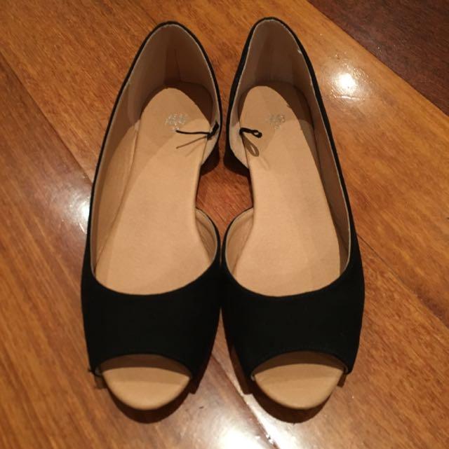 Black Peeptoes (Flat) Size 7 H&M