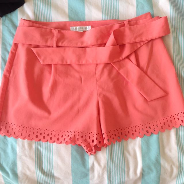 Forever New Coral Shorts Sz12