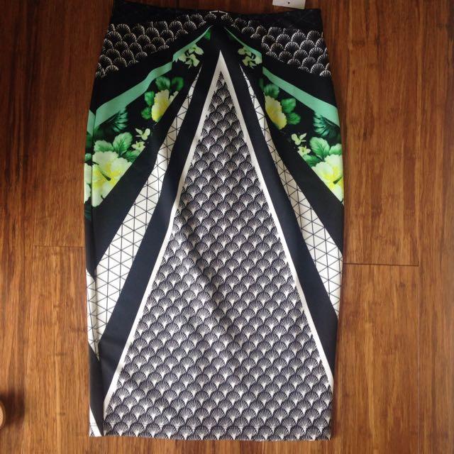 Midi Skirt From Temt - Unworn Sz10