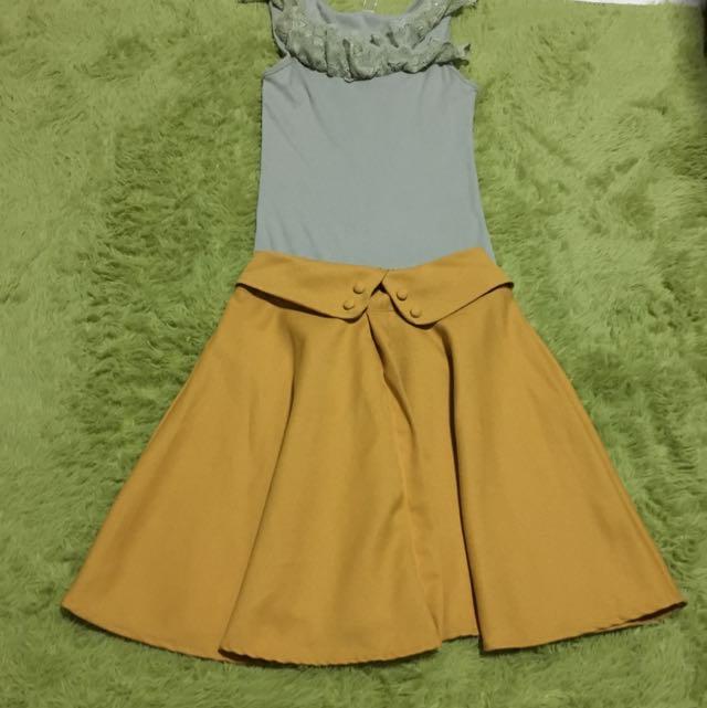 21ef3bd6f Mustard Renaissance Skirt, Women's Fashion on Carousell