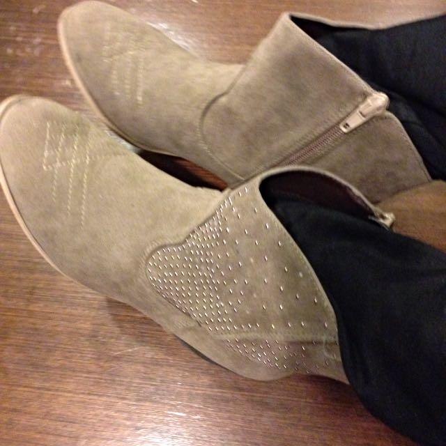 英國new Look灰棕色短靴牛仔靴