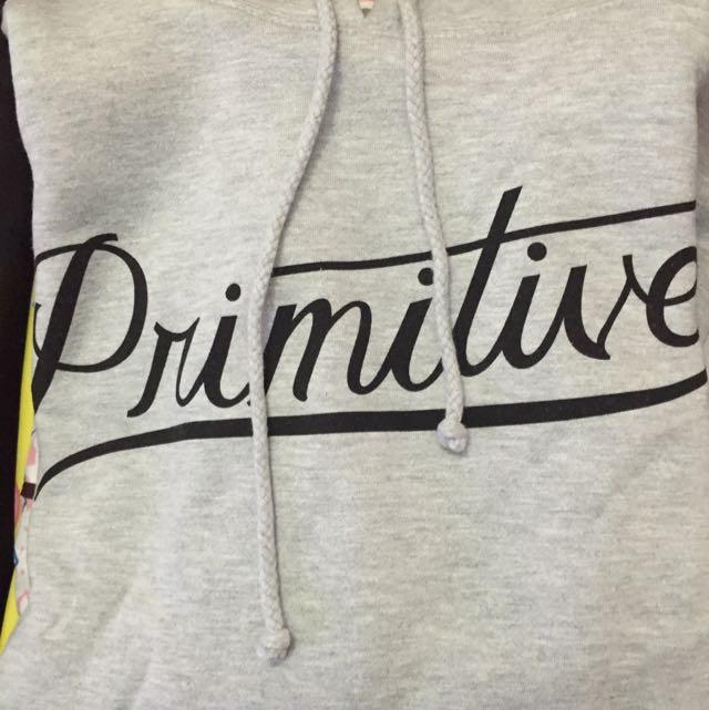 Primitive全新帽T💕