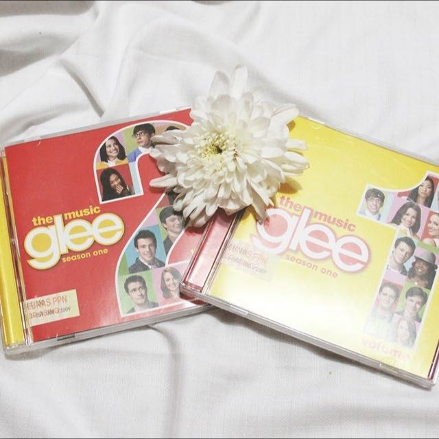The Music : GLEE Season 1 and Season 2. (CD)