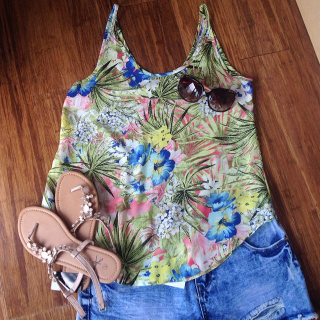Tropical! Brand New Dorothy Perkins Top Size 10