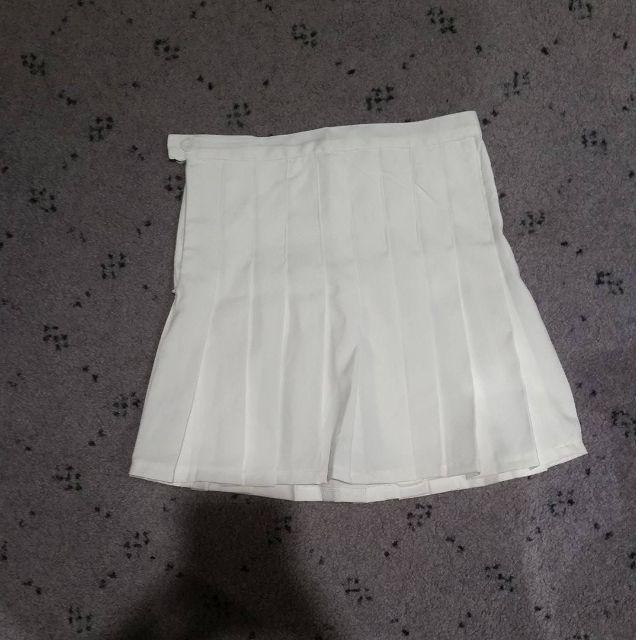 White replica AA tennis skirt