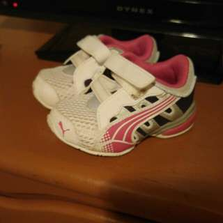 Puma Toddler Girl Size 4