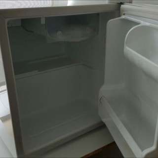 LG mini fridge