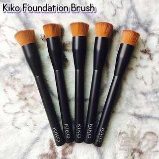 Kiko Foundation Brush