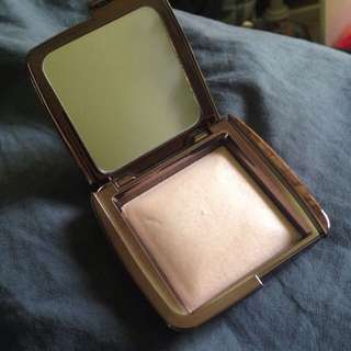 HOURGLASS highlighter - Dim Light