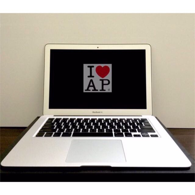 2011 MacBook Air 13吋