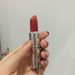 Body Shop Red Lipstick