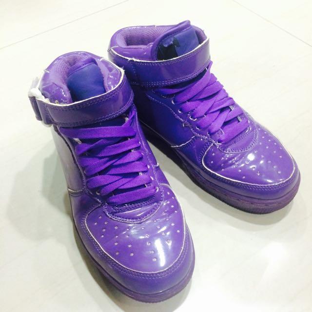紫色亮面高筒鞋😈