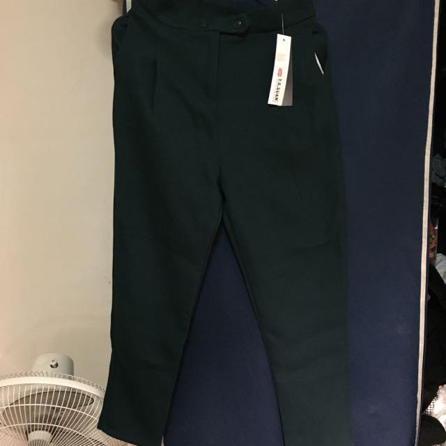 墨綠色寬版長褲