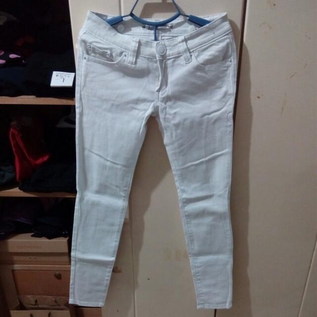 顯瘦全白牛仔褲 27腰