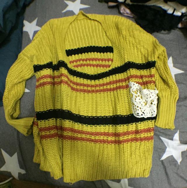 鵝黃色針織毛衣罩衫 顯白