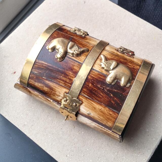 全新 手工 尼泊爾手工骨盒