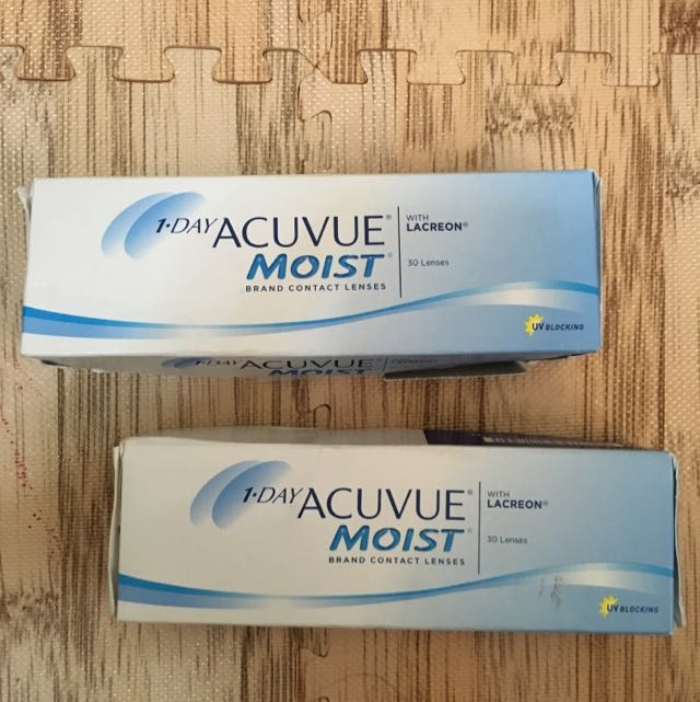 acuvue moist contact lenses daily