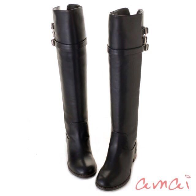 amai硬挺釦飾皮帶及膝長靴-黑