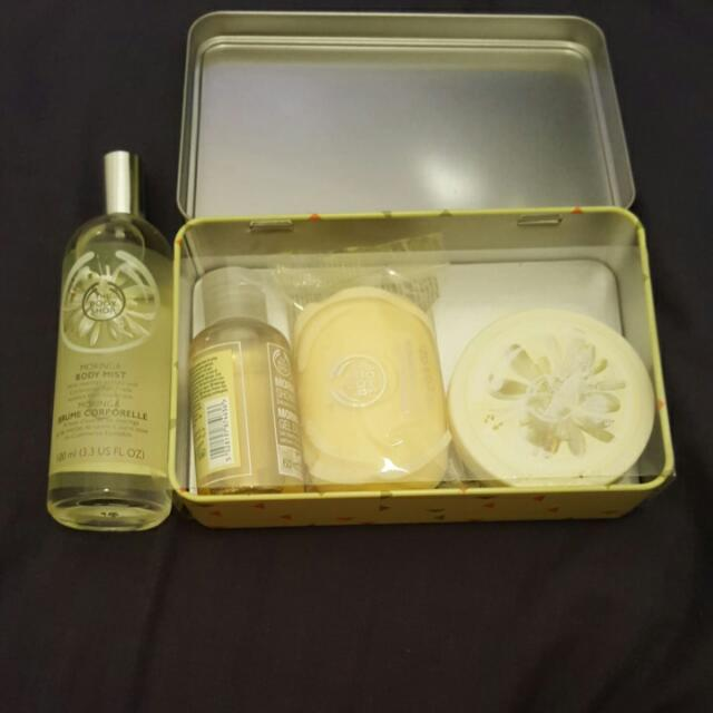 Body Shop Moringa Gift Pack/Body Mist