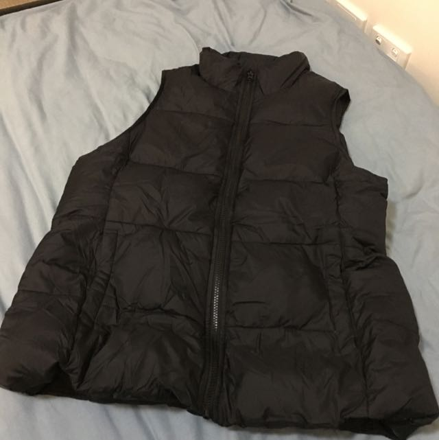 Outer Sleeves Less Coat