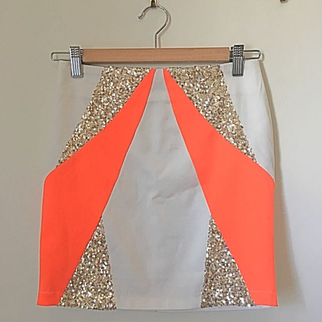 Shareen Mini Skirt Size 6