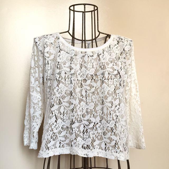 Stradivarius lace blouse