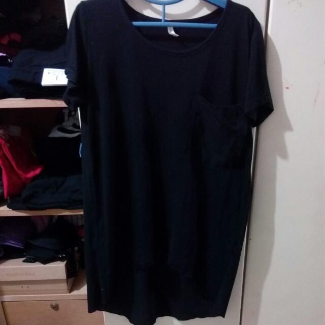 前短後長黑色T恤
