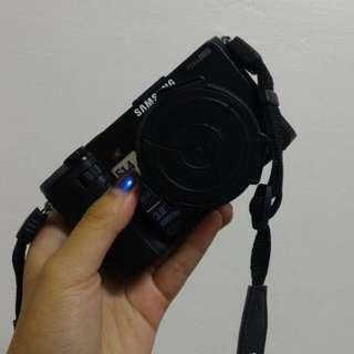 我只是想賣個相機阿~