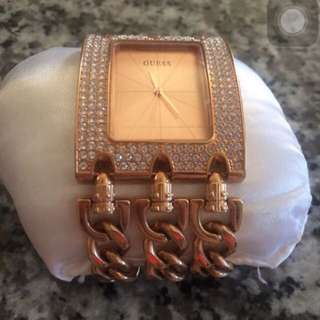 3 Chain Rose Gold Guess Watch